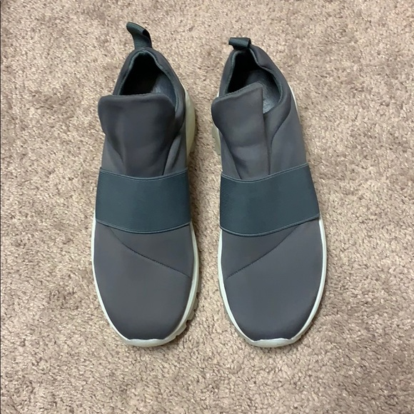 J/SLIDES Shoes | Jslides Manic Sneaker